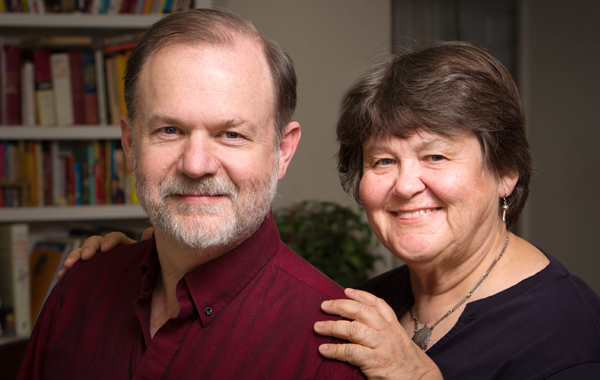 Robert Lang (Distinguished alumnus BSc '82 Electrical Engineering and PhD Applied Physics '86) and his wife Diane