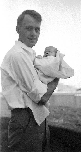 Francis Clauser with firstborn, daughter Caroline (Cary), 1939.