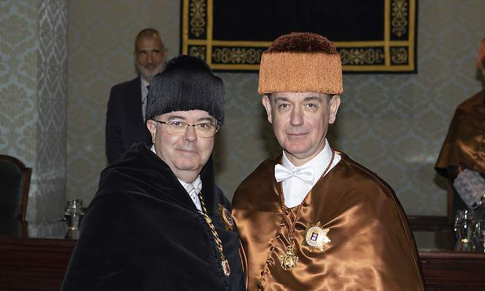 From left to right: Guillermo Cisneros, Rector of the Universidad Politecnica de Madrid, and Professor Michael Ortiz