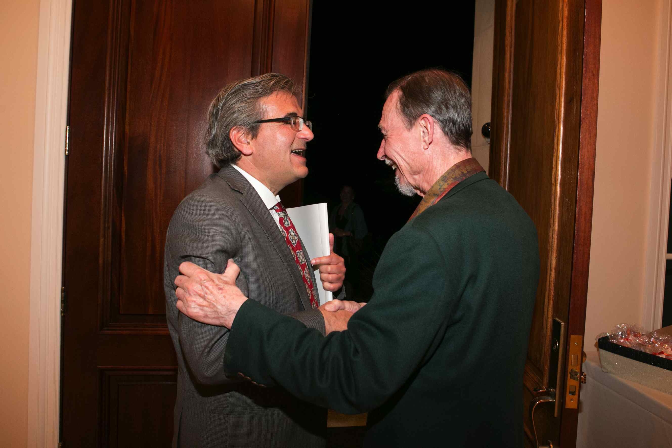 Chair Ares Rosakis congratulating Professor Carver Mead
